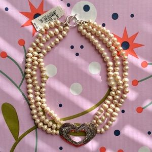 *NWT* Cézanne Triple Row Pearl Heart Necklace ❤️